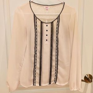 Candies white/off white blouse w black detail (S)